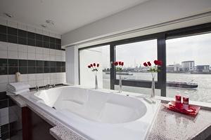 Red Rose's Bridal Suite